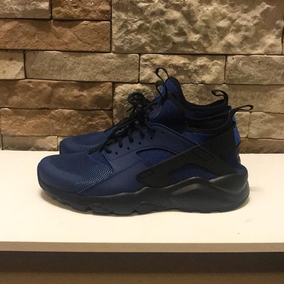 Nike air huarache ultra blue and black size 10